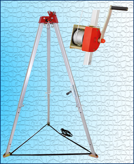 SAFETY TRIPOD AND WINCH